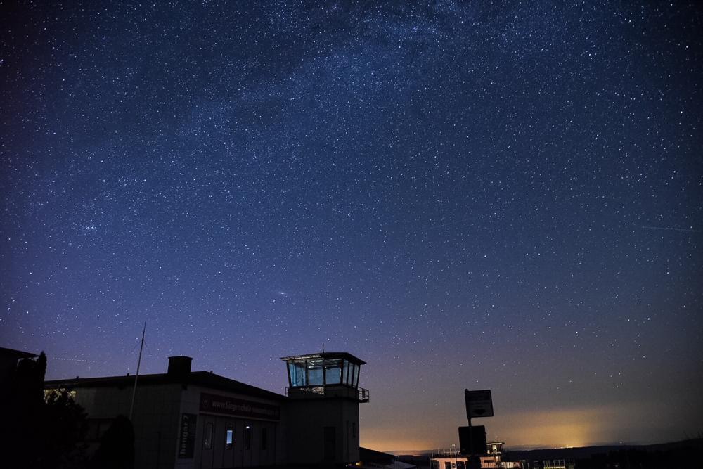 Tower auf der Wasserkuppe - Nachthimmel