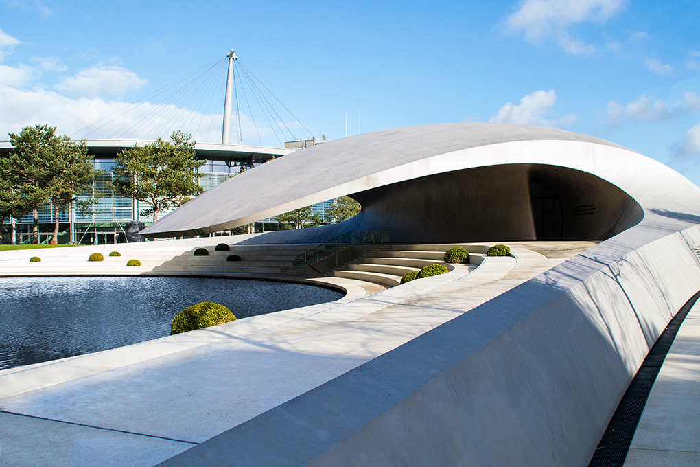 Abbildung 2: Autostadt - Porsche Pavillon