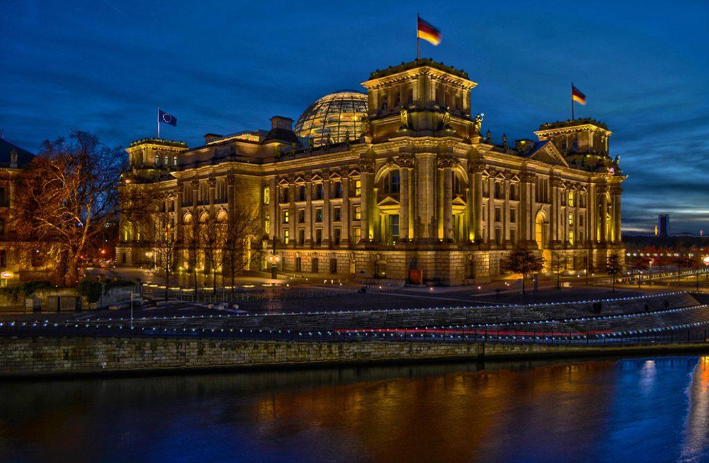 Ein HDR vom Reichstag in Berlin aufgenommen von Lucas